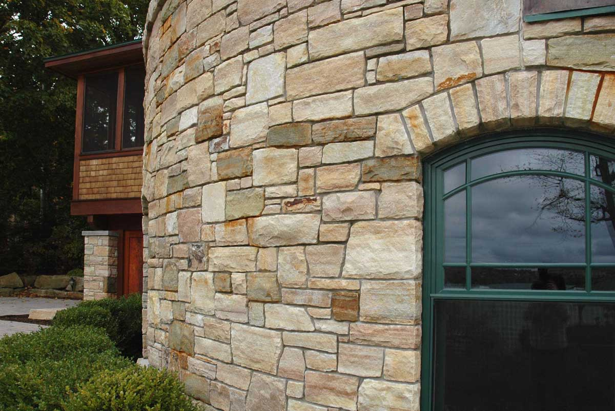 Home exterior wall built with South Bay stone