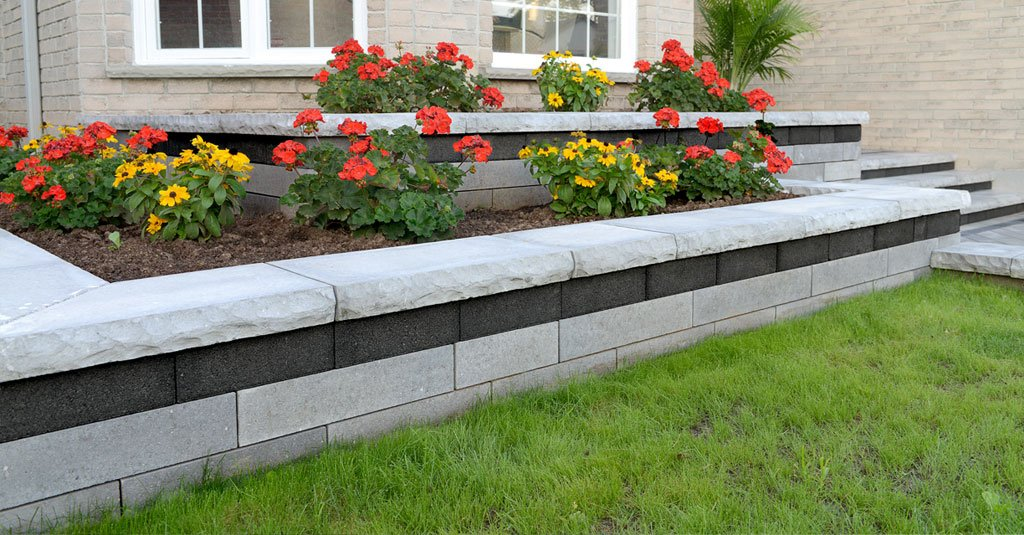 Unilock Lineo Dimensional Blocks Used for Flower Beds